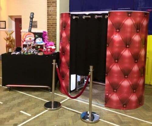 Classic Photo Booth Hire %